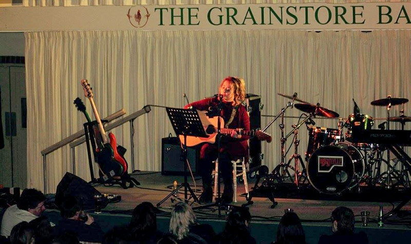 Meghan Ali at The Grainstore Ballymaloe supporting Bagatelle